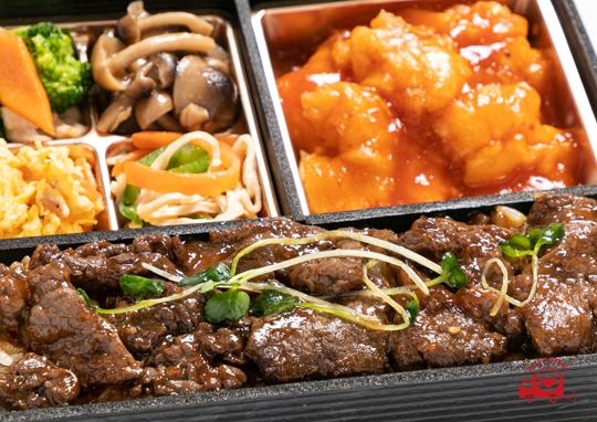 国産牛肉の黒胡椒 牡蛎油とエビチリ膳【くるめし限定】