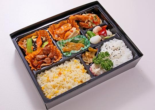 北京飯店弁当~ドデカ高級容器使用~