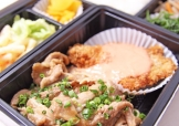 生姜焼き&魚フライ豪華弁当