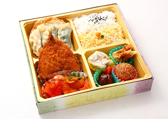 アジフライ&白身魚の甘酢掛けと餃子 特幕ノ内弁当