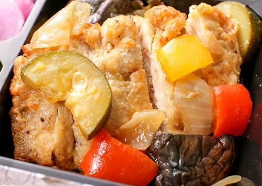 ラタトウィユソースのチキンソテー&鯖の塩レモン焼き弁当