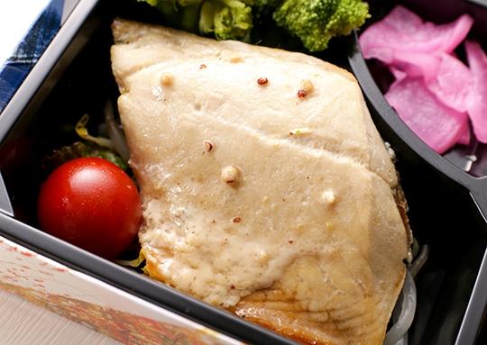 おろし冷しゃぶ&鯖のマヨマスタード焼き弁当