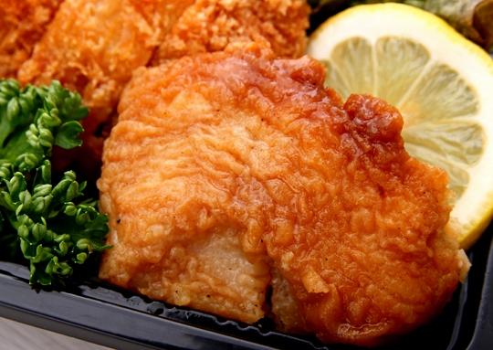 メンチカツ&白身魚のオイル焼き弁当