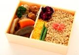 上野 鳥 守よし|昭和三年創業 伝統の鶏料理